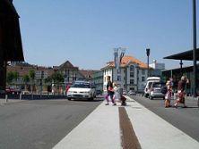 11) Bläuackerplatz mit Tempo 30-Zone